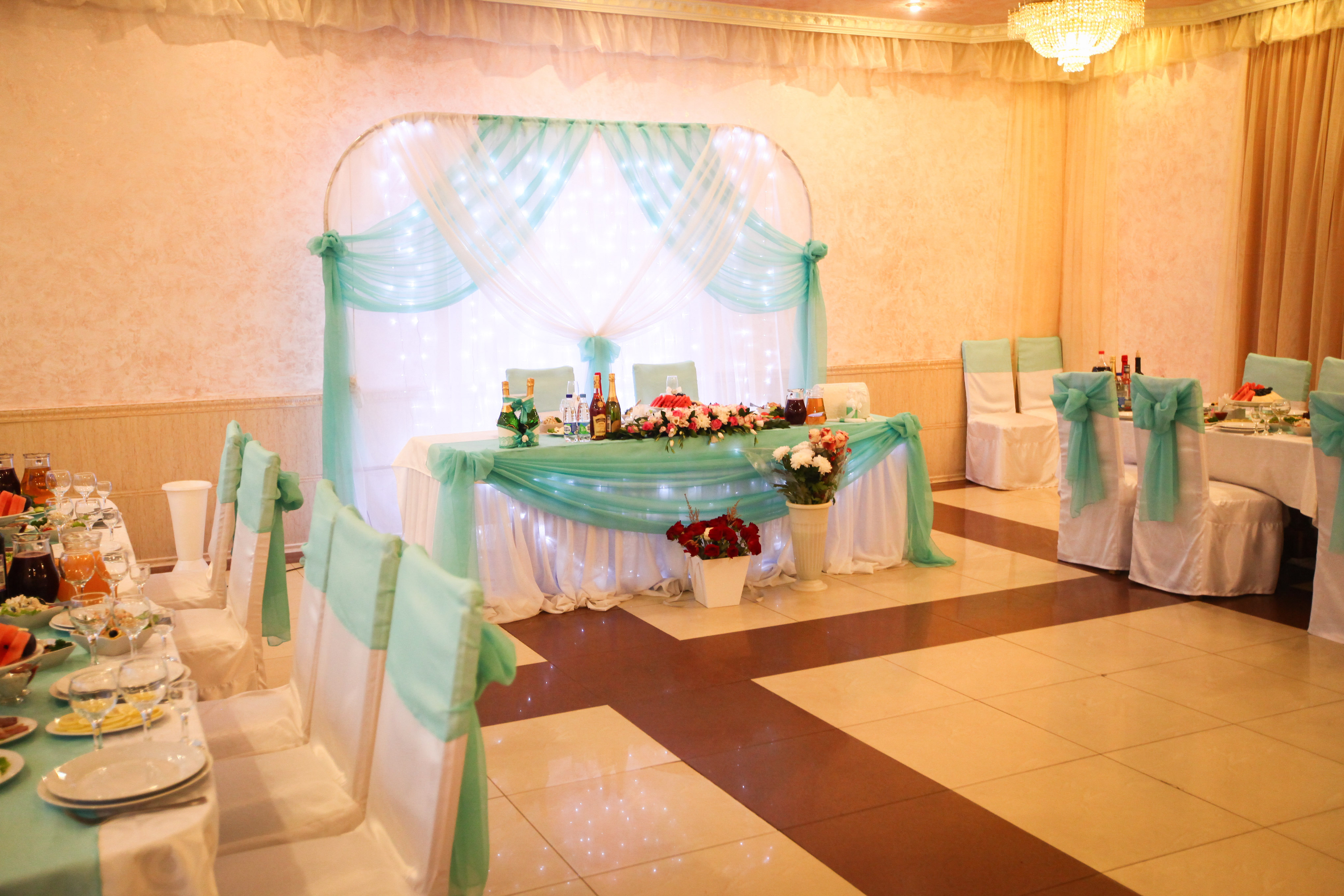 Банкетный зал на свадьбу на 60 человек